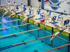 «Старт в большое плавание»: первый любительский турнир по плаванию пройдёт в Ханты-Мансийске